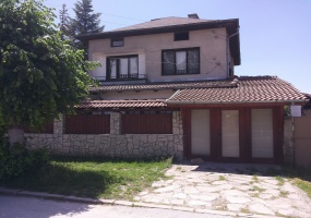 furnished house in bansko
